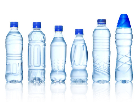 Bisnis air minum dalam kemasan menjanjikan, benarkah?